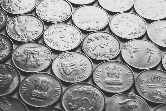 אוסף של מטבעות - כסף אבוד